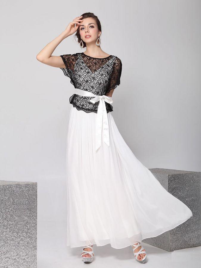 6f6744e629b Černobílé plesové nebo svatební šaty filady Zobrazení  62. Šaty lady společenské  šaty skladem xl xxl společenské šaty