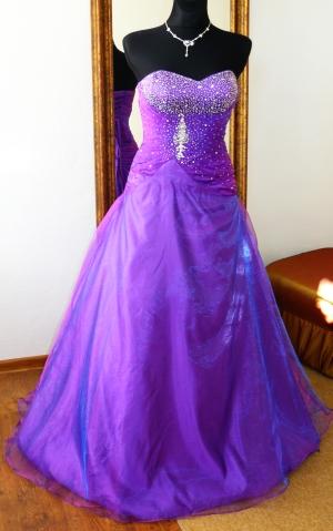 fialové plesové šaty Weronique - plesové šaty 0c2c04fe101