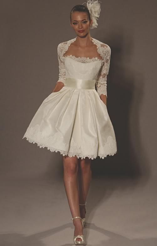 6e855223683 krátké svatební šaty s bolerkem XS-M smetanové - plesové šaty ...