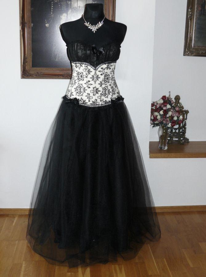 plesové šaty » skladem plesové » do 4000Kč · plesové šaty » skladem plesové  » do 5000Kč · plesové šaty » skladem plesové » černá 5c11e13a4d