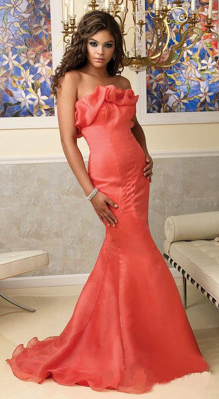 e394e5bb53c2 plesové šaty » p na objednání » klasické · společenské šaty » na objednání  » společenské šaty na míru