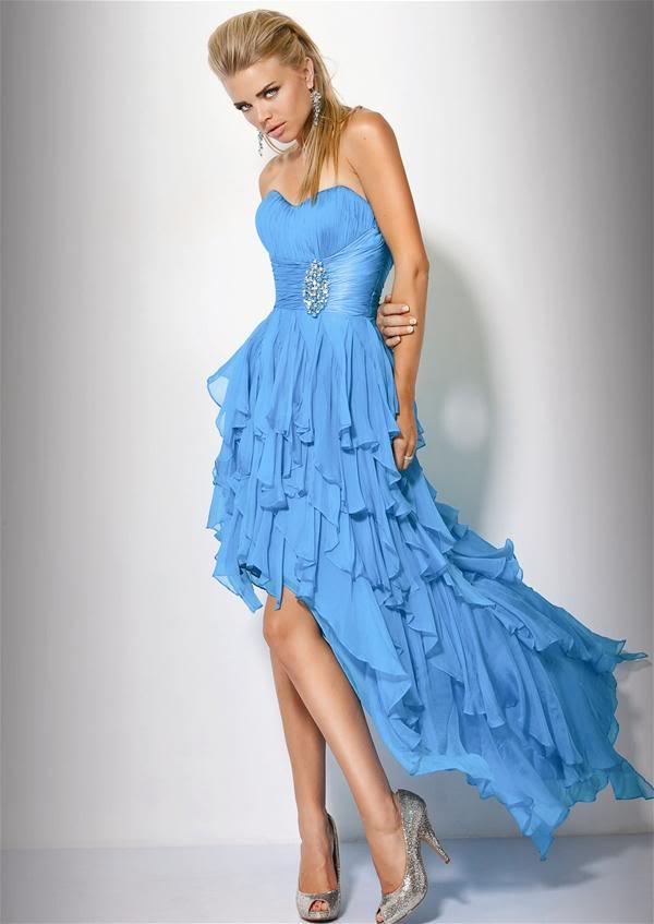 plesové šaty šité na míru Yvette 523 modré na maturitní ples 2012 ... 6c25109df7