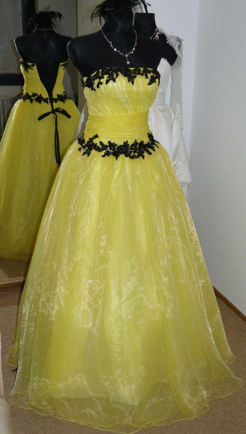 Plesové šaty skladem plesové xs s p plesové šaty skladem