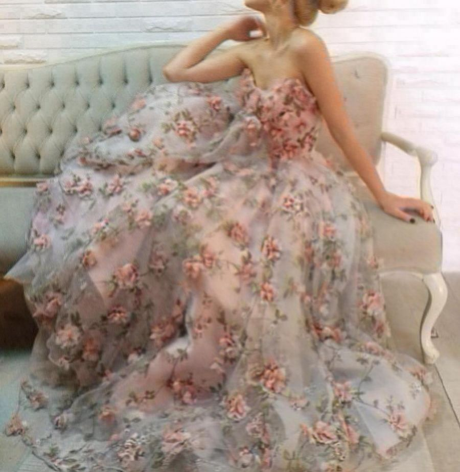 Sandra plesové či svatební květované společenské šaty. plesové šaty »  skladem plesové » M-L p · plesové šaty » skladem plesové » XS-S p d393a5d1cd