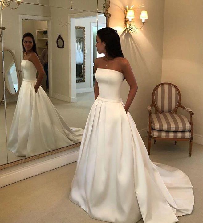 c9bf868b00b8 svatební šaty hladké saténové bílé - plesové šaty