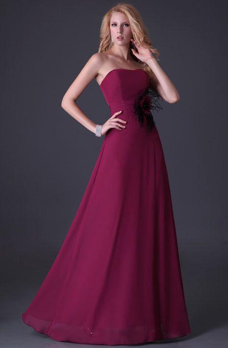 7b0954c4e95 plesové šaty » skladem plesové » XL-XXL p · plesové šaty » skladem plesové  » XS-S p · plesové šaty » skladem plesové » do 3000Kč